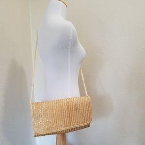 Vintage woven straw crossbody purse